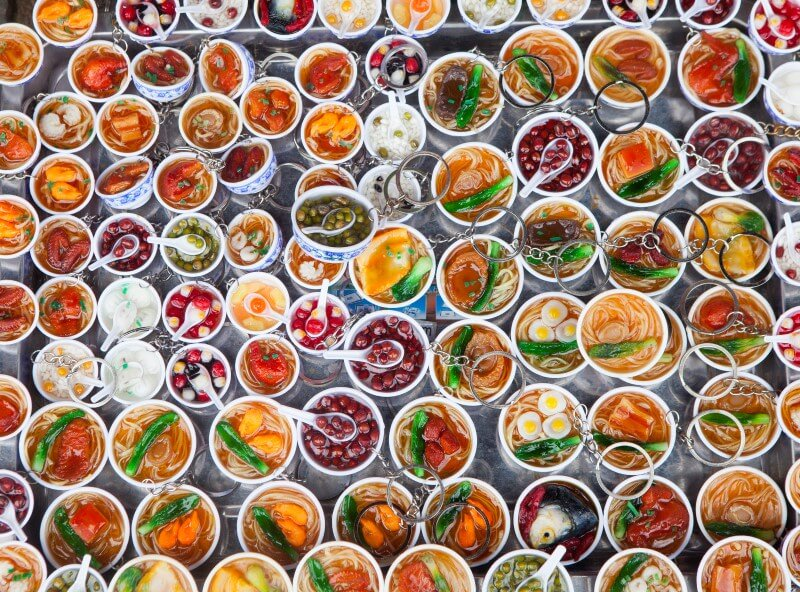 Hanoi_food_graphic_plates.jpg