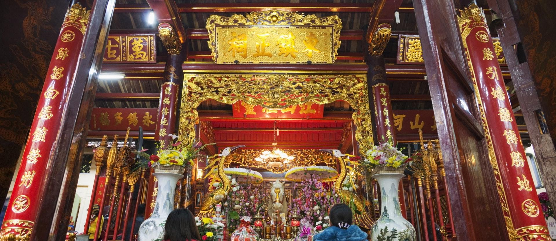 bach_ma_temple.jpg